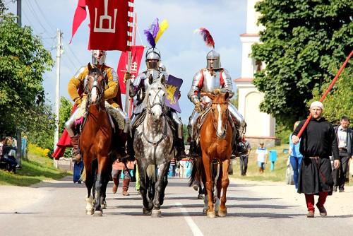 Ночной штурм Гольшанского замка увидят гости фестиваля средневековой культуры (+ПРОГРАММА)