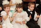 Воспитанники детского дома г. Гродно на губернаторской елке > Больше  фото