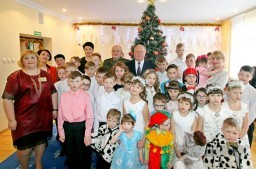 Новогодний утренник прошел в Понемуньском детском доме города Гродно